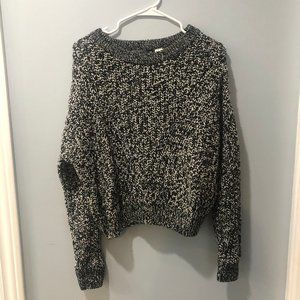 Divided H&M Black and White Sweater M